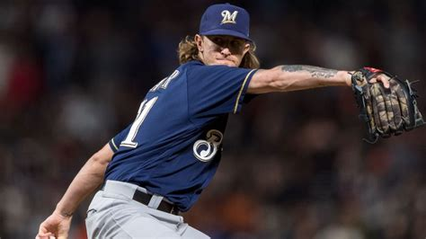 Josh Hader of Milwaukee Brewers booed by fans in San