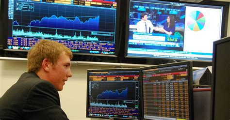 Wall Street: How Much Does Bloomberg Know?